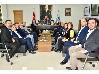 Başkan Albayrak Chp Çorlu Teşkilatı Ve Atıcılık Federasyonu'nu Ağırladı